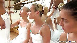 Kinky مصمم الرقصات fucks التشيكية راقصة الباليه فينا ريد وصديقاتها الساخنة جدا